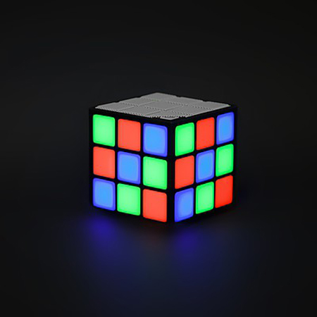 altavoz cubo led
