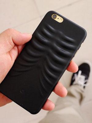 iphone-carcasa-costal-bone