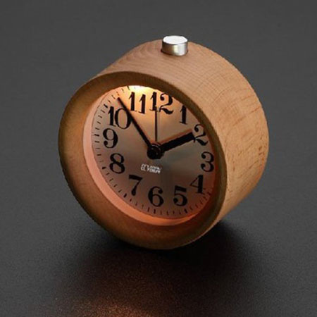 despertador de madera retro