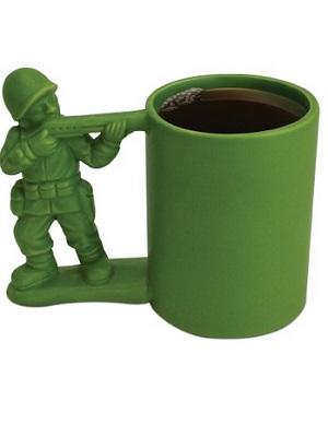 taza soldado verde